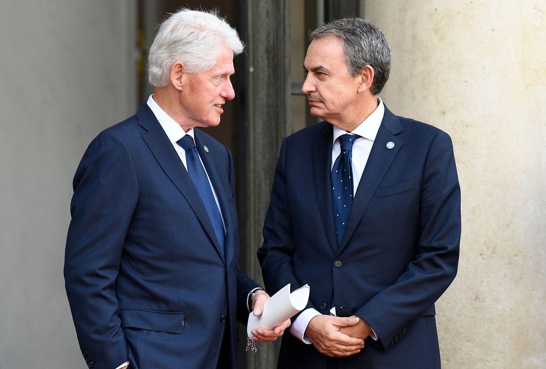 Der frühere US-Präsident Bill Clinton und der ehemalige spanische Regierungschef José Zapatero.