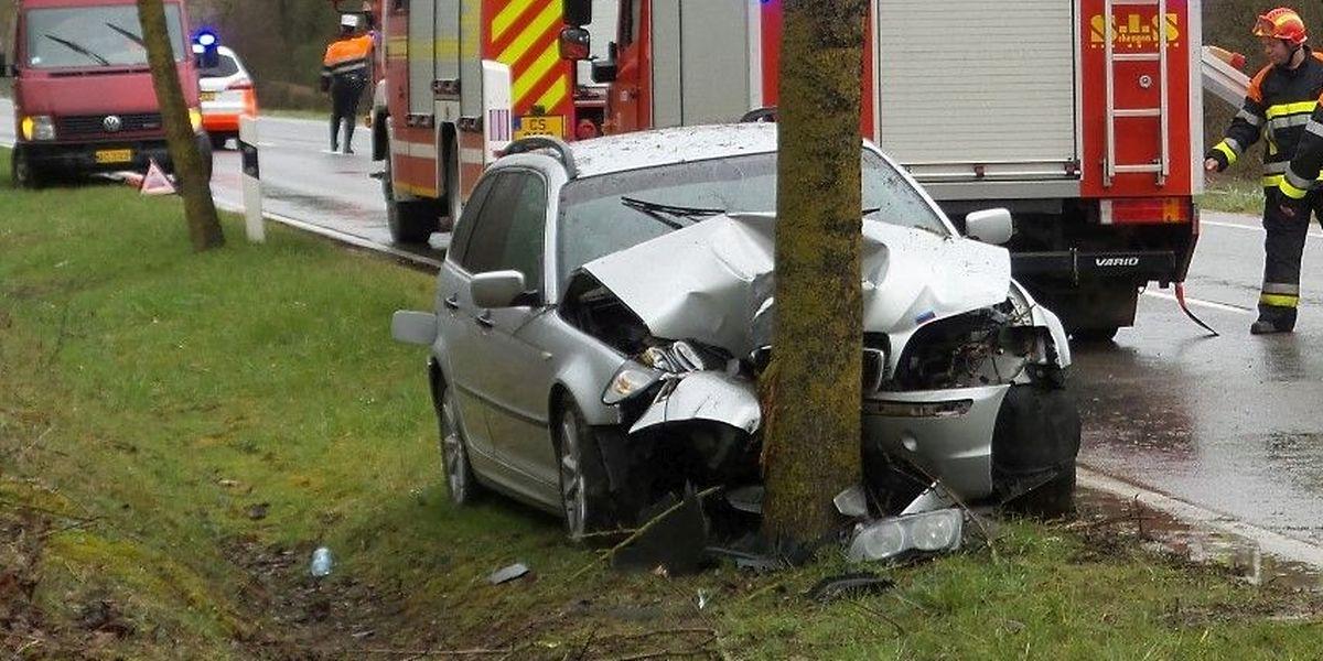 Zwei Personen wurden verletzt, eine davon schwer.
