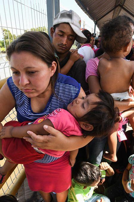 Flüchtlingsfamilien müssen wieder fürchten, von ihren Kindern getrennt zu werden.