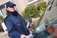 FRAU BERUF agent municipal paechert PHOTO ANOUK ANTONY