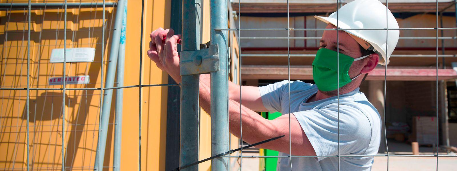 Am Freitag müssen die Baustellen ruhen, sofern die Unternehmen keine Ausnahmegenehmigung erhalten haben.