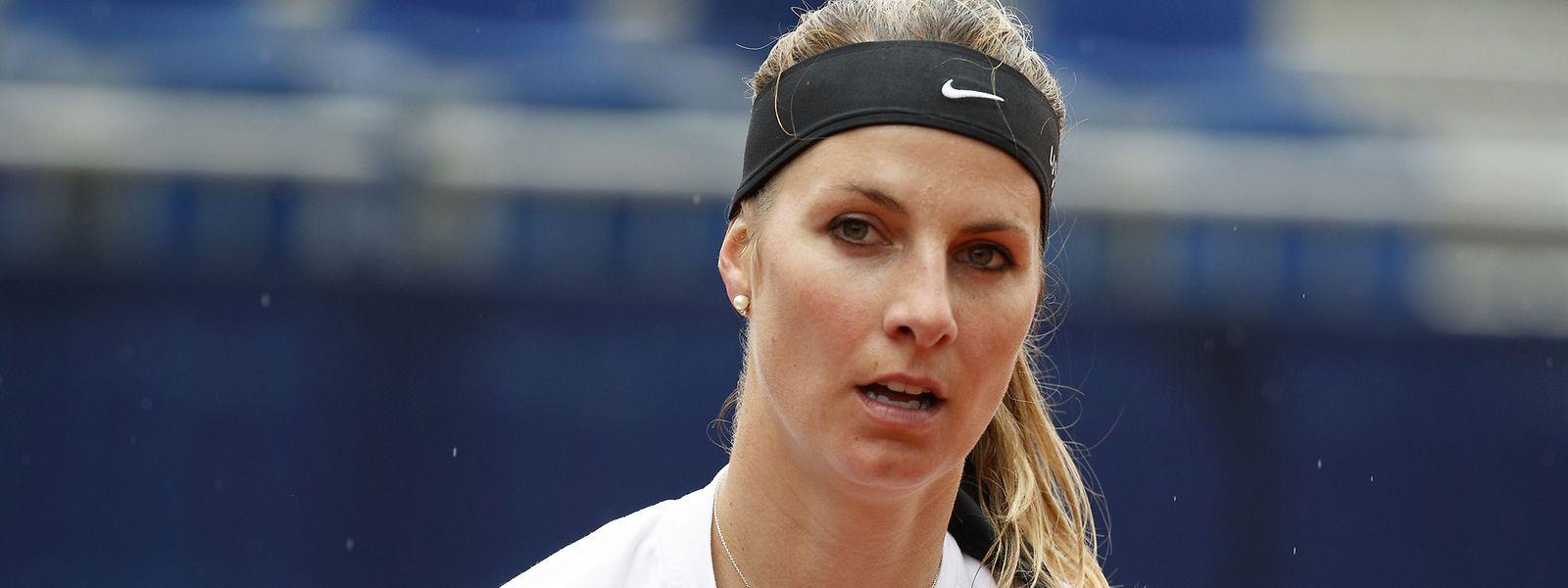 Mandy Minella a d'abord surpris Katerina Siniakova avant de reconnaître la supériorité de sa cadette.