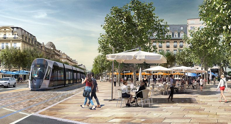 Tram Avenue de la Liberté Place de Paris