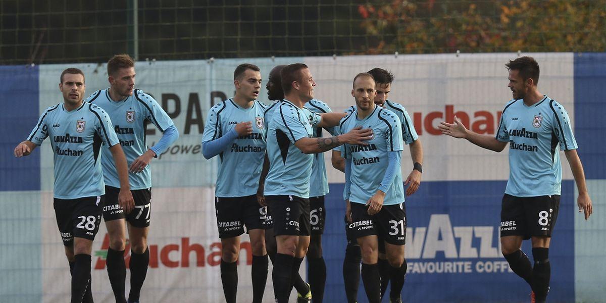Nach ihrem Erfolg gegen Niederkorn konnten die Spieler des F91 jubeln.