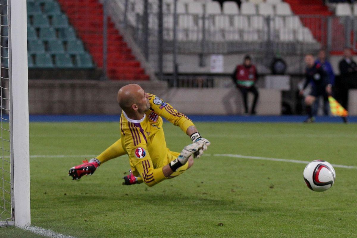 Jonathan Joubert a sauvé ses couleurs en détournant le penalty d'Abdurahimi à la 84e minute