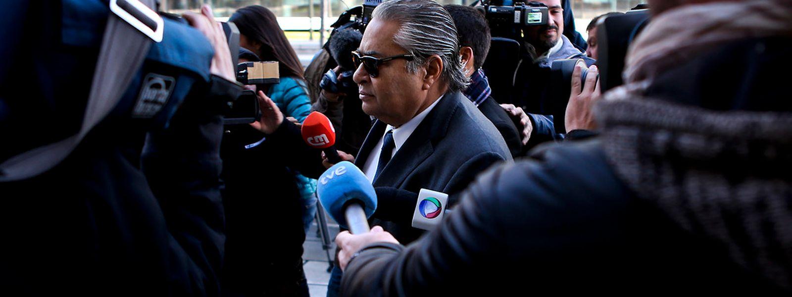 O advogado João Araújo, à chegada ao Tribunal onde tem estado a ser ouvido o ex-primeiro-ministro José Sócrates, no âmbito de um processo de suspeitas de fraude fiscal, branqueamento de capitais e corrupção, no Campus da Justiça, em Lisboa