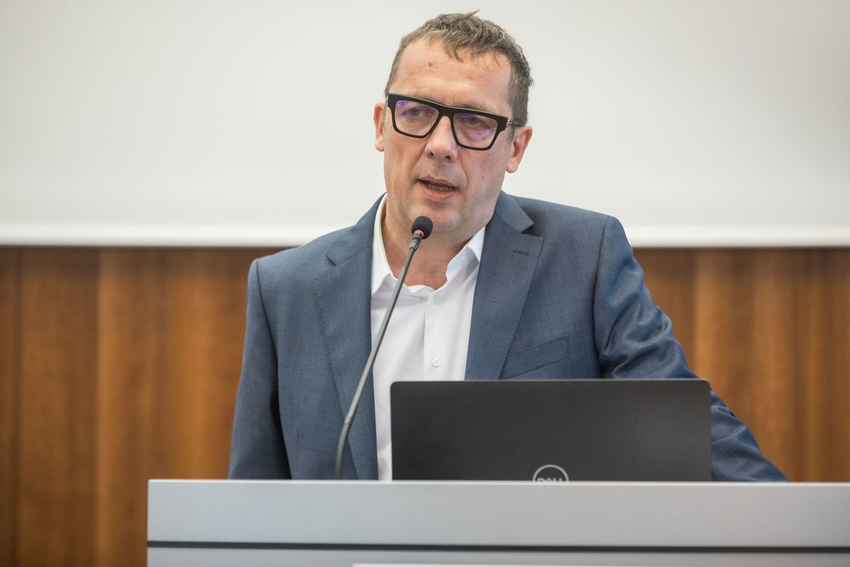 """Dr. Ulf Nehrbass vom Luxembourg Institute of Health: """"Das Testen führt dazu, dass wir trotz Anwesenheit des Virus sicher leben können."""""""