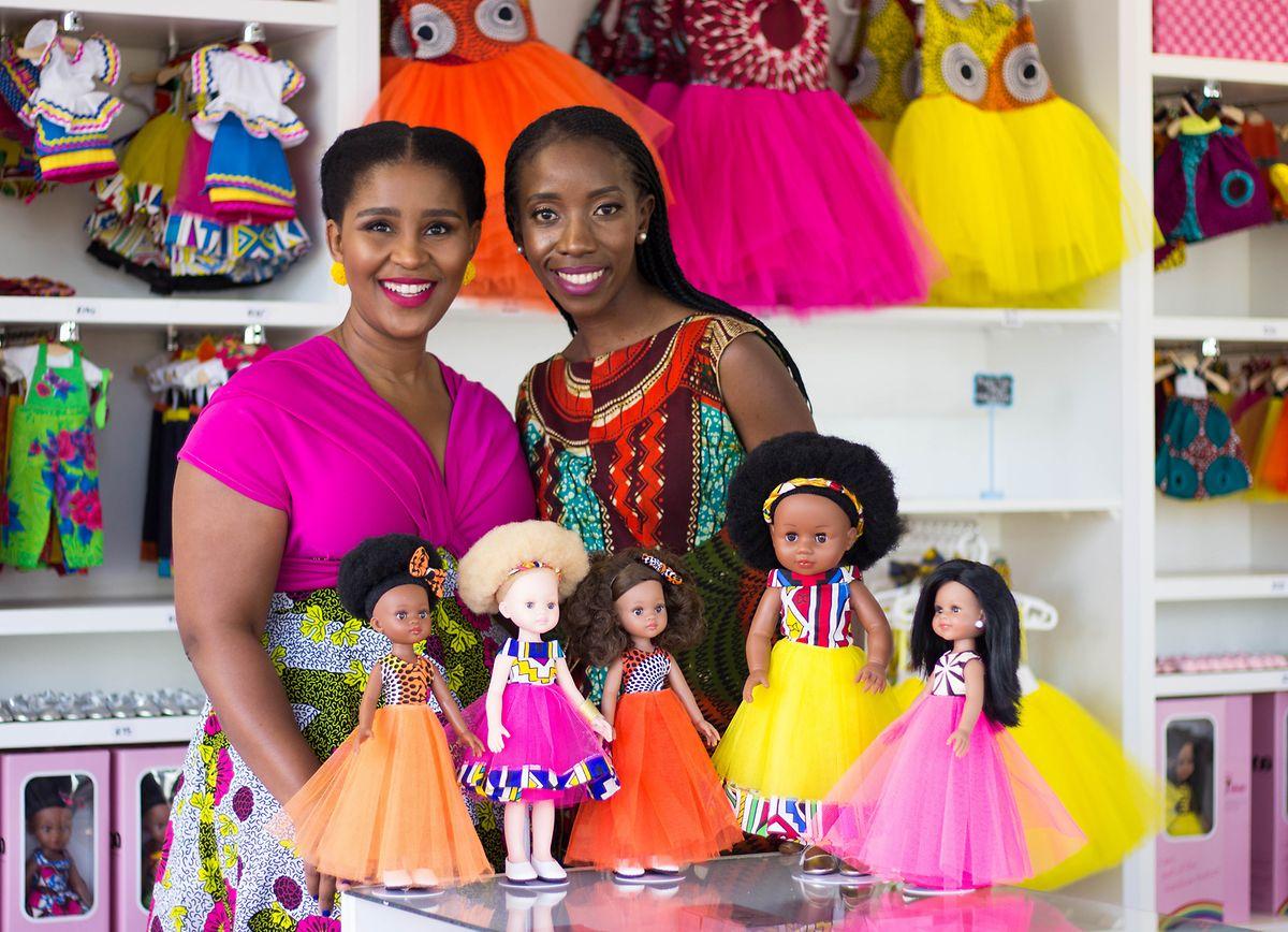 Khulile Vilakazi-Ofosu (l.) und Caroline Hlahla, Gründerinnen der Sibahle Collection.