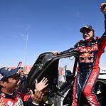 Carlos Sainz vence Dakar pela terceira vez nos automóveis