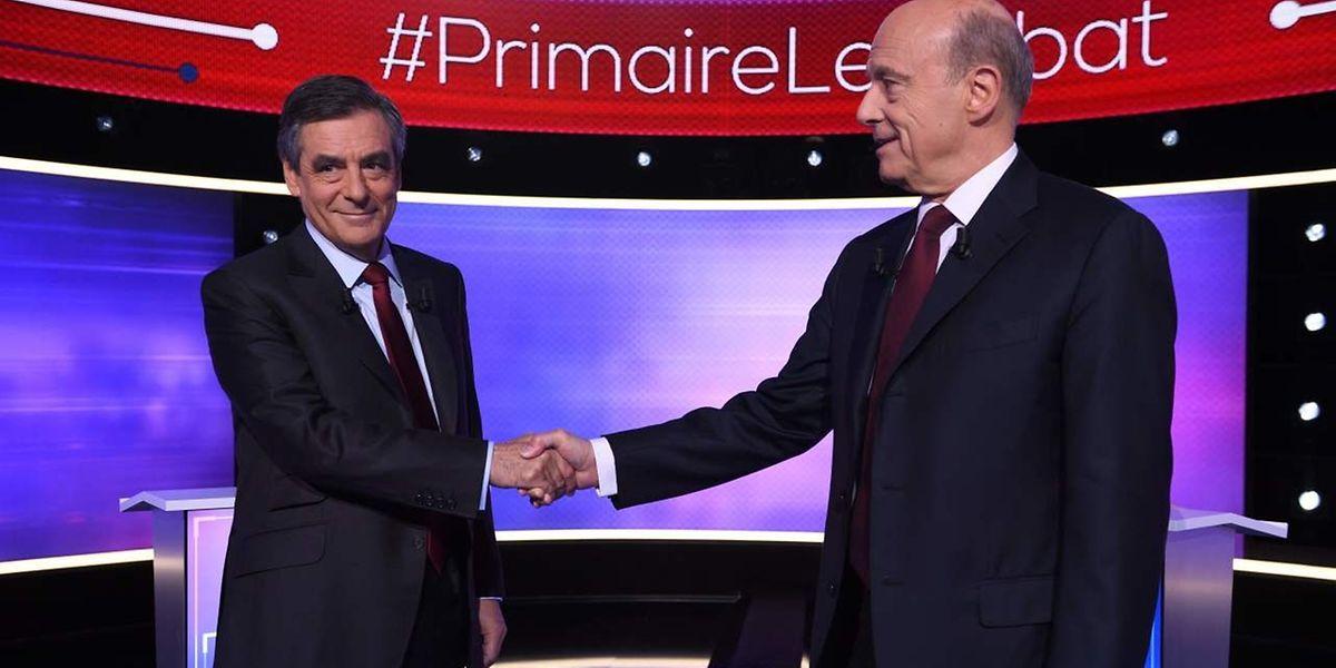 François Fillon et Alain Juppé lors du dernier débat pour la primaire de droite, dont le second tour a lieu dimanche.