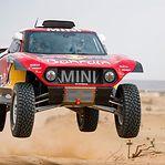 Dakar2020: Carlos Sainz vence terceira etapa e assume liderança dos automóveis