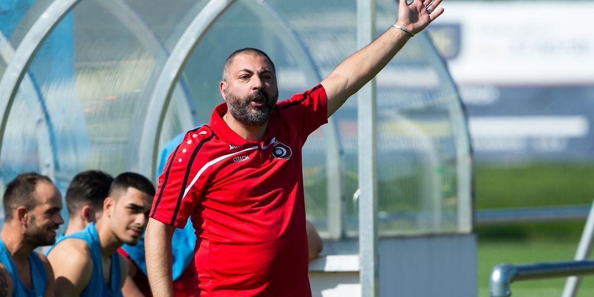 Frédéric Di Biase a apprécié la réaction de son équipe malgré son infériorité numérique.