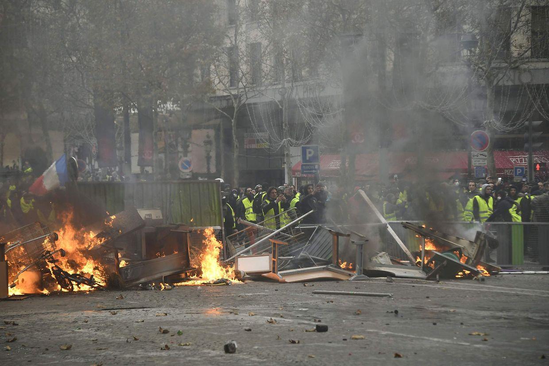 In einigen Teilen von Paris sind die Proteste ausgeartet.