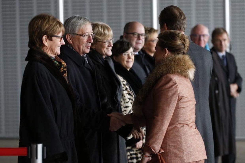 Noch-Premier Juncker wünscht dem großherzoglichen Paar eine gute Reise in die Türkei.