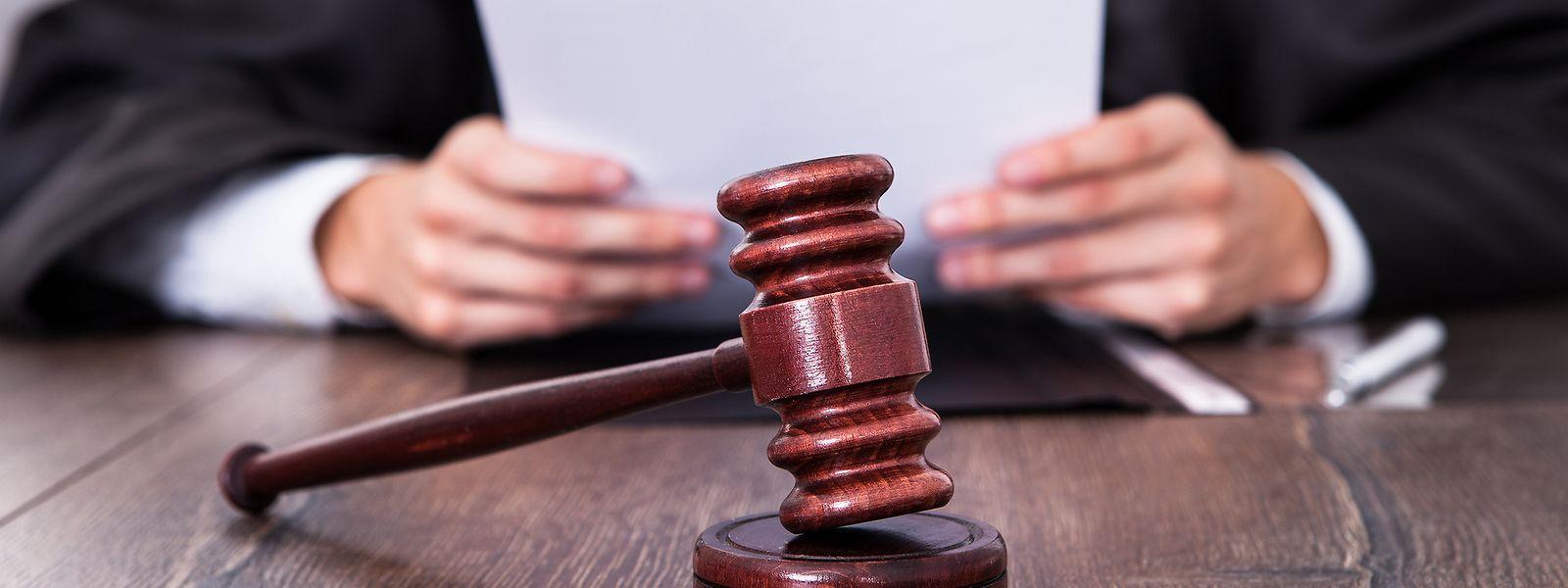 Le pays compte près de 3.000 avocats en exercice.