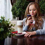 Problemas de sono nos adolescentes podem ser resolvidos com menos ecrãs à noite