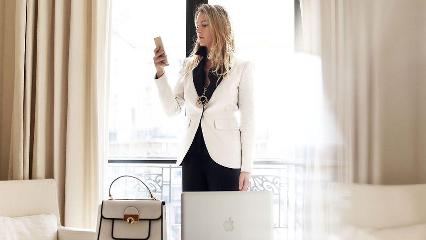 La blogueuse mode Emilie Higle collabore régulièrement avec des marques prestigieuses