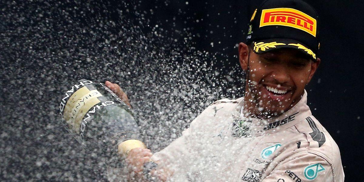 Mais uma vitória para Hamilton