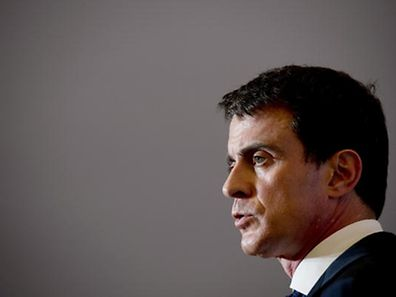 French Prime Minister Manuel Valls delivers a speech on April 1, 2016, in Orleans, as part of a visit in central France. / AFP PHOTO / ALAIN JOCARD