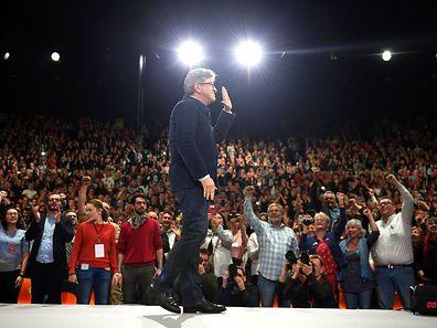 Jean-Luc Mélenchon: «Nous serons 11 participants ! Pour 15 minutes de temps de parole» chacun.