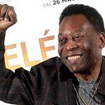 """Pelé sente-se """"cada dia melhor"""" após remover tumor no cólon"""