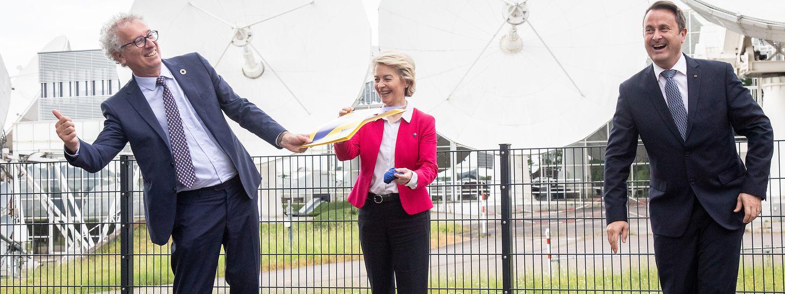 Le ministre des Finances et Xavier Bettel peuvent garder le sourire : la Commission présidée par Ursula von der Leyen n'a pas oublié le pays.