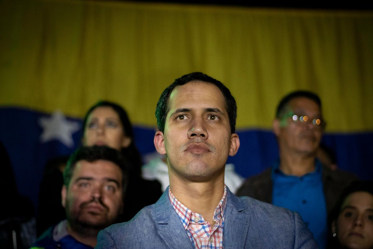 Der 35-jährige Ingenieur Guaidó ist Parlamentspräsident geworden, weil die prominentesten Köpfe seiner Partei Voluntad Popular inhaftiert oder im Exil sind.