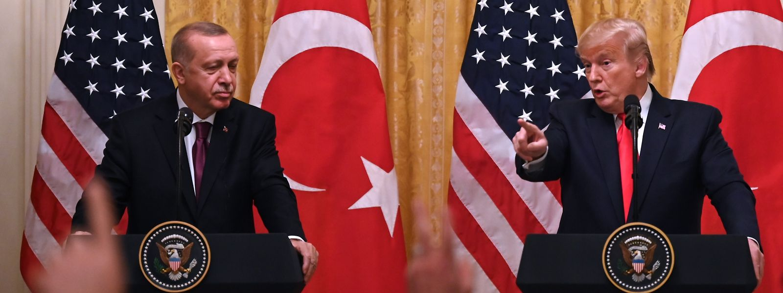 Trump wies die Anschuldigungen im Rahmen einer Pressekonferenz mit dem türkischen Präsidenten Erdogan zurück.