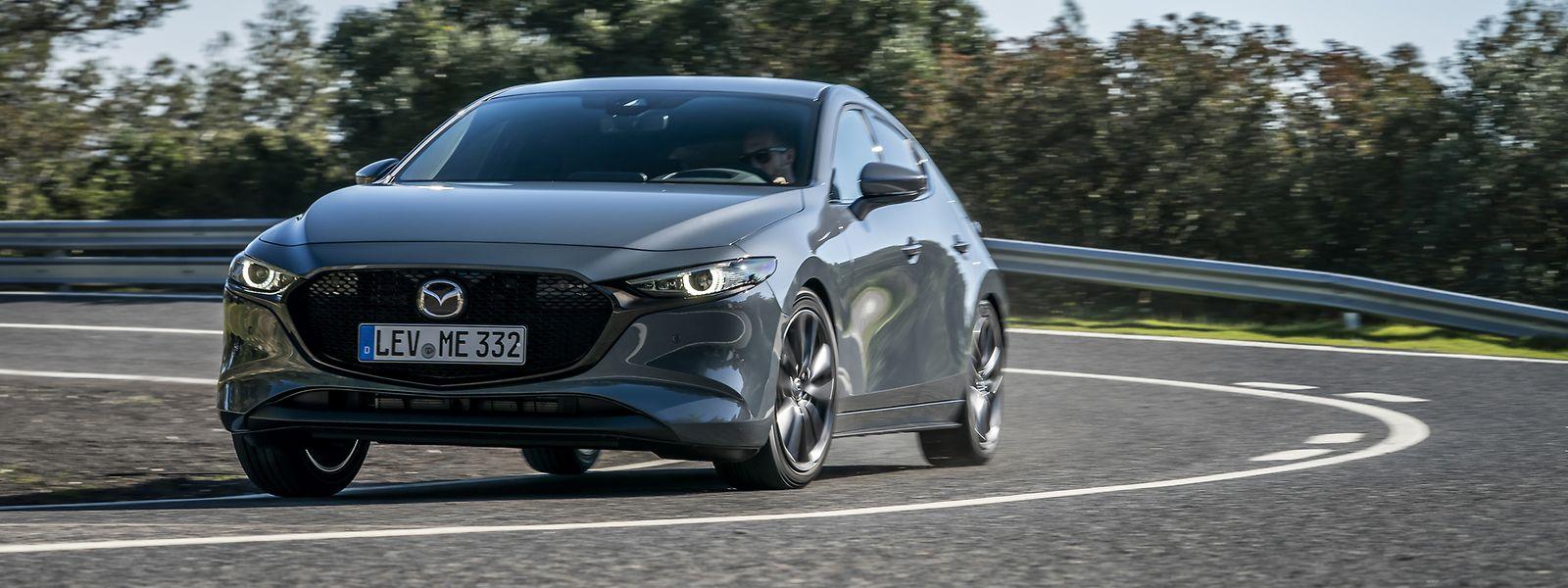 Die sogenannte Kodo-Designsprache verleiht dem neuen Mazda3 einen durchaus sportlichen Auftritt.