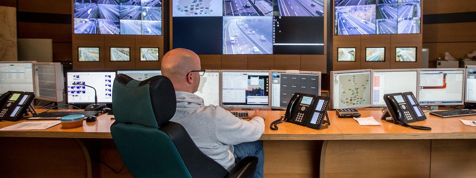 In Bartringen haben die Mitarbeiter der Verkehrszentrale CITA die Autobahnen 24 Stunden im Blick.