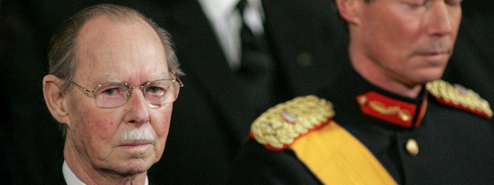 Le deuil national décrété par le gouvernement, pour marquer le décès du grand-duc Jean, prendra fin le samedi 4 mai à 18 heures.
