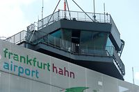 The control tower of Frankfurt Hahn airport is pictured 100 kilometers (60 miles) west of Frankfurt, Germany June 6, 2016.  REUTERS/Ralph Orlowski