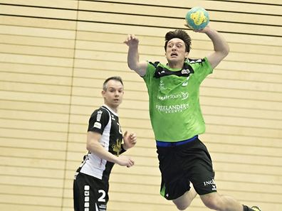 Vladimir Temelkov (r.) wird weiterhin als Jugendtrainer fungieren.