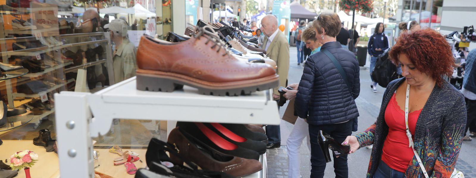 Schuhe hat Frau bekanntlich nie genug im Schrank: Mithin ein Grund, bei der Braderie zuzuschlagen.