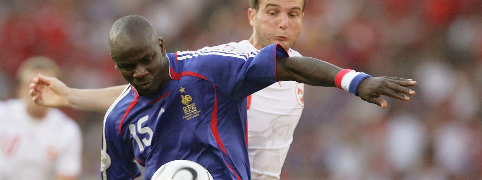 Lilian Thuram durante um jogo de França contra a Suíça, em 2006