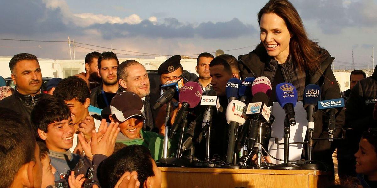L'actrice américaine était en Jordanie où elle s'est rendue dimanche dernier dans le camp de réfugiés de Zaatari qui accueille quelque 80.000 réfugiés syriens ayant fui la guerre dans leur pays.