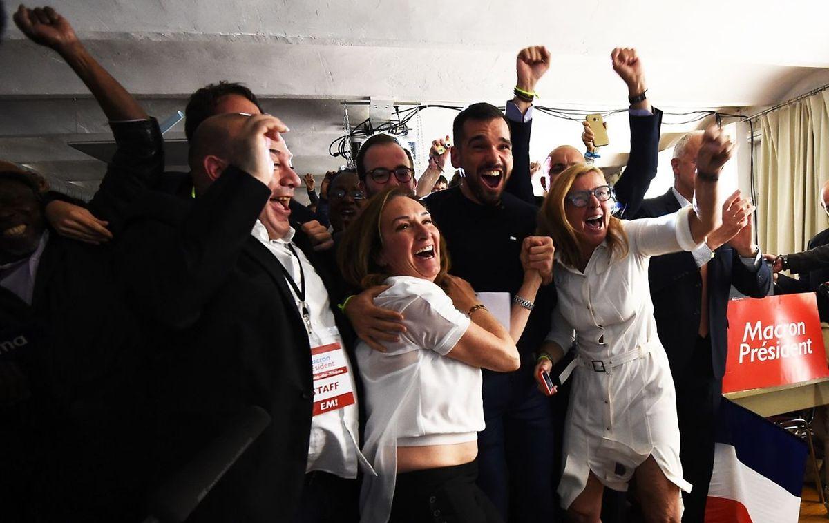 Große Freude bei den Anhängern von Emmanuel Macron