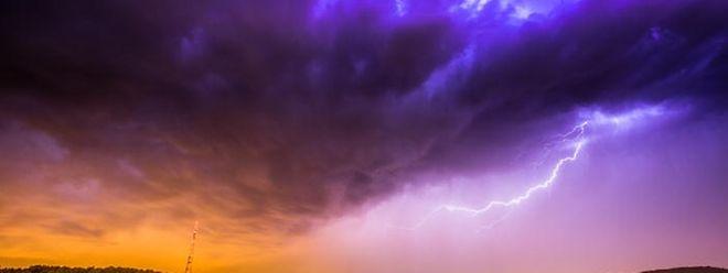 Die lokalen Unwetter könnten von heftigen Regenschauern begleitet werden.