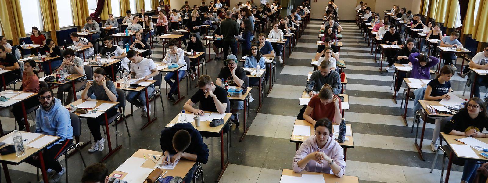 So schrieben die Primaner im vergangenen Jahr im Festsaal des Lycée des Garçons in Esch/Alzette ihre Abschlussexamen. In diesem Jahr wird das Szenario wohl anders aussehen.