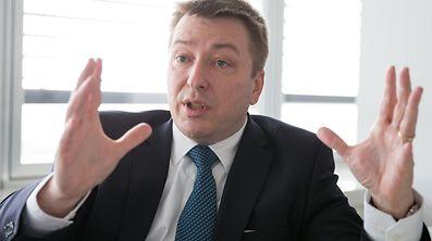 Interview Marc Hansen, Ministere du Logement, le 02 Mars 2017. Photo: Chris Karaba