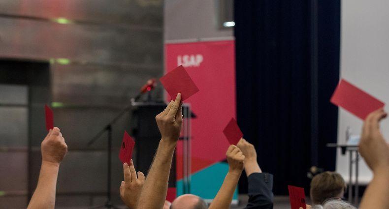 12.7. IPO / Kongress LSAP / Abstimmung  Wahlprogramm / Foto:Guy Jallay