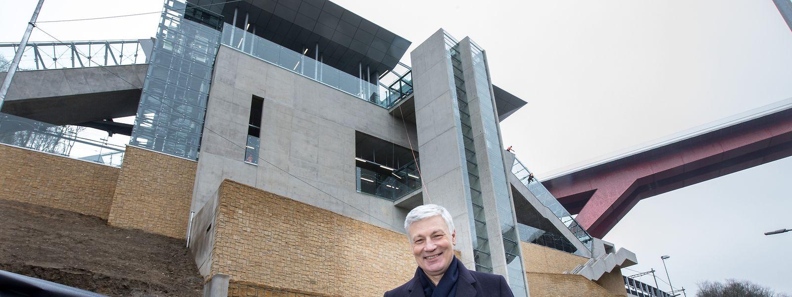 """Von der Rolltreppe zur Standseilbahn: Unter dem vorigen Transportminister Claude Wiseler sind die Pläne für den Bau des """"Funiculaire"""" ausgearbeitet worden."""