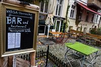 """View of an empty restaurant/bar terrace in Berlin on October 29, 2020, prior to a """"semi-lockdown"""" starting on November 2, 2020, which will see a closing of bars and restaurants in Germany. - Germany imposed drastic curbs on people's daily lives to contain a surge in coronavirus cases with France following suit as more than 500,000 infections were reported worldwide in a new daily record. (Photo by John MACDOUGALL / AFP)"""