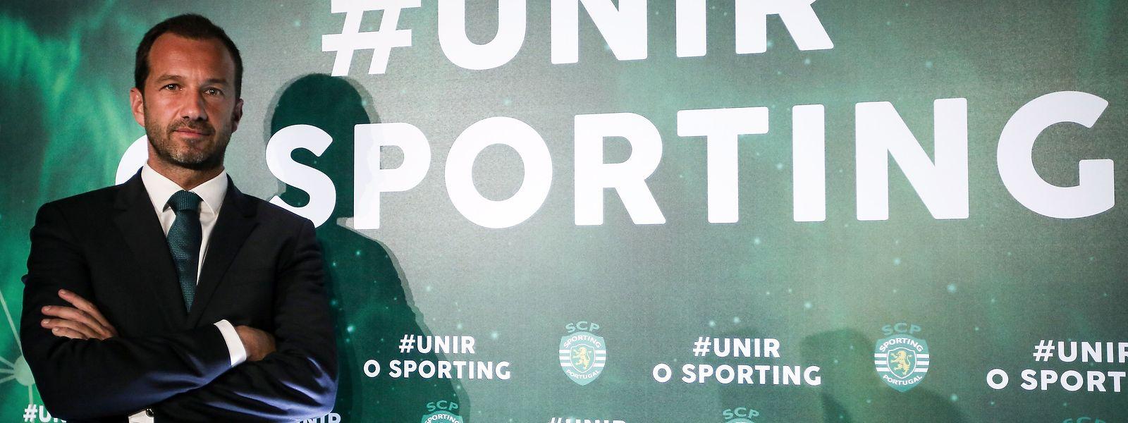 Frederico Varandas, antigo responsável pelo departamento clínico do Sporting CP, durante a apresentação da sua candidatura à presidência do clube.