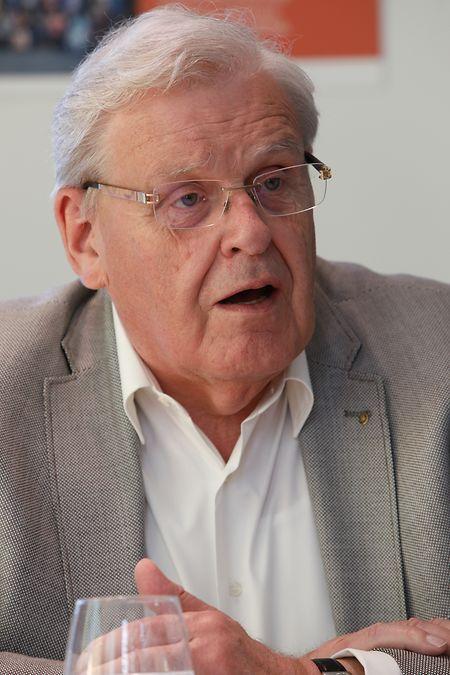 Eugène Prim, le directeur général de l'ensemble.