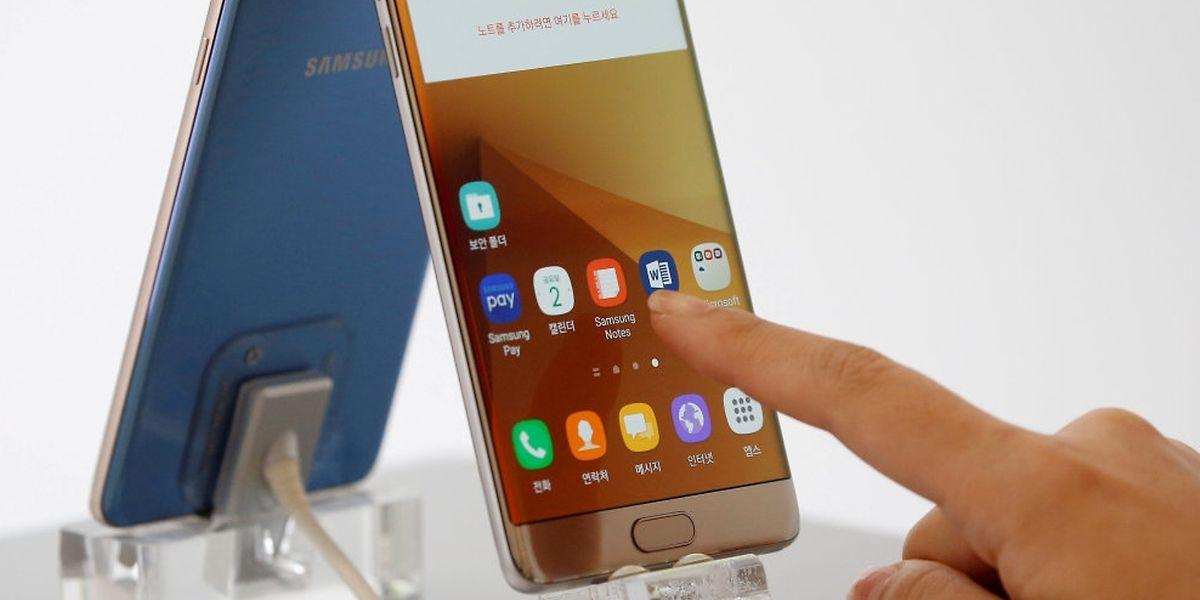 Erneute Zwischenfälle haben Samsung zu einem Produktionsstop bewogen.