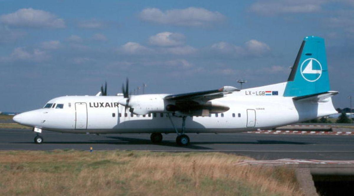Unglücksmaschine Luxair-Fokker LX-LGB: Dieses Foto der F50 entstand am 26. Juli 2002, also etwas mehr als drei Monate vor dem Absturz, am Flughafen Berlin-Tempelhof.