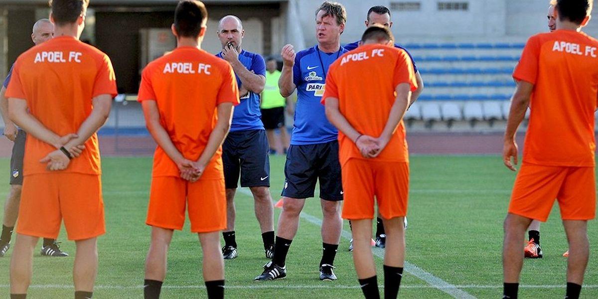 L'entraîneur néerlandais Mario Been distille ses conseils avant le match de mercredi.