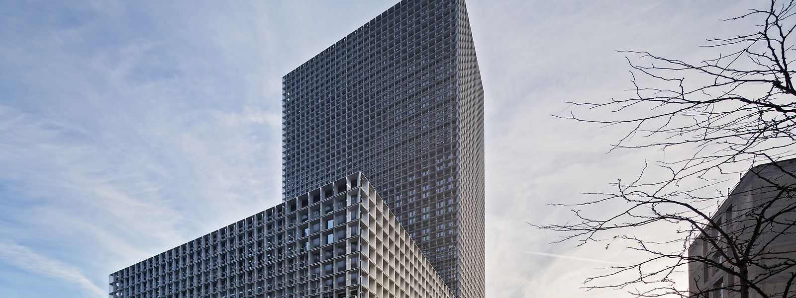 2016 ging der Fonds Belval als Sieger hervor. Die Architektur der Maison du Savoir in Belval konnte die Jury überzeugen. Entworfen wurde das Gebäude von den Büros Baumschlager Eberle und Christian Bauer et Associés Architectes.