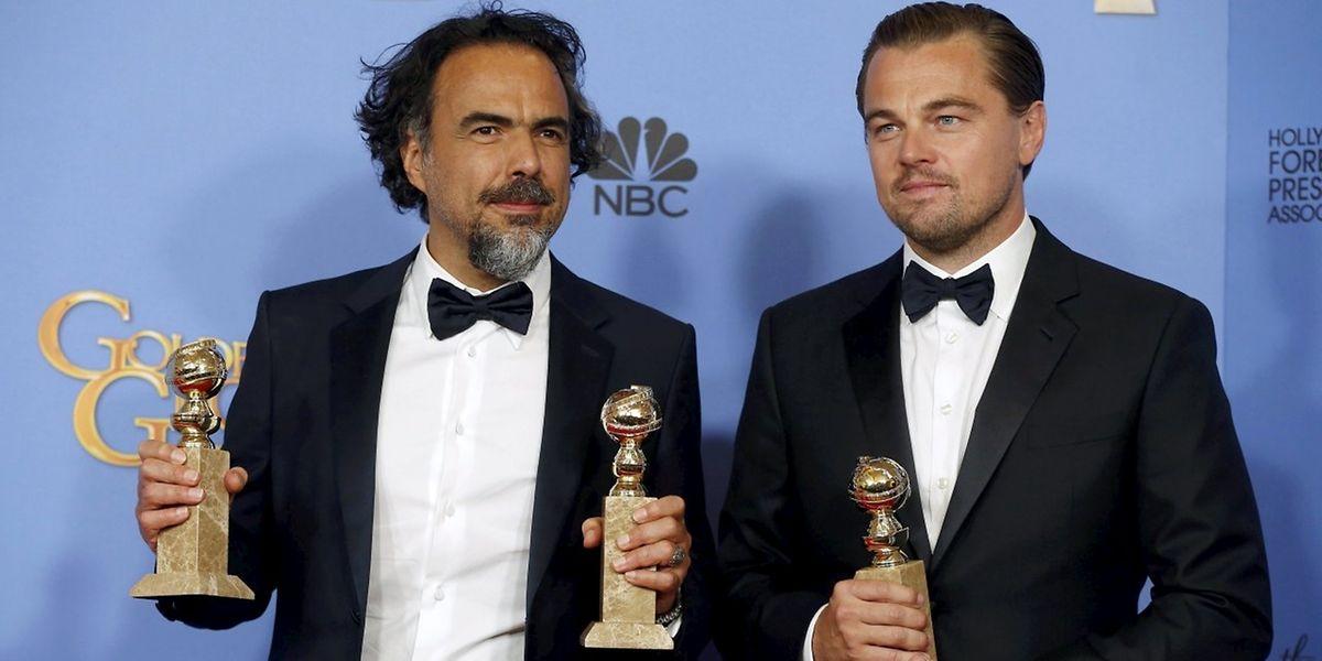 """Regisseur Alejandro González Iñárritu (links) und Schauspieler Leonardo DiCaprio wurden für """"The Revenant"""" geehrt."""